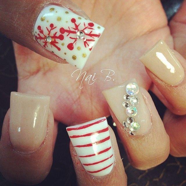#nails #Christmas #snowflake