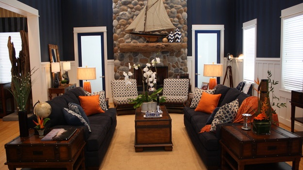 Extreme makeover home edition living rooms for Extreme interior design home decor