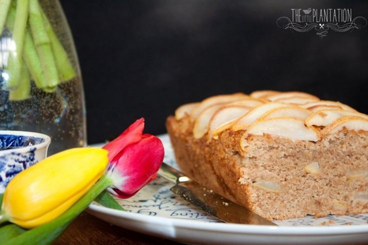 PRETTY VEGAN PEAR CAKE (V+, ChF) I have a go-to recipe, a one-size-fits-all-yet-it-still-comes-out-totally-fab-and-is-so-easy recipe; this is essentially it. Of course, I make minor changes to suit my mood, to adapt to what's in the cupboards and adjust to what's in season, but in essence