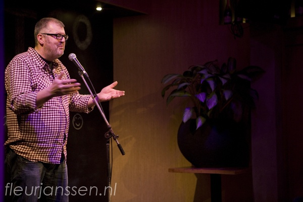 Bart van Rixel maakte muziek met #Defender Check de film 'Searching for sugarman' #ishot10