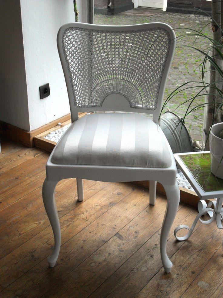 wei e und h lzerne k chenst hle m belideen. Black Bedroom Furniture Sets. Home Design Ideas