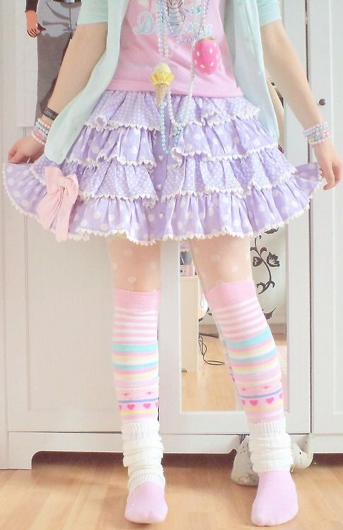 Fairy Kei Fashion: I'm so into this kind of look. I know I couldn't pull it off but I'm planning a BJD doll that I'm going to dress this way.