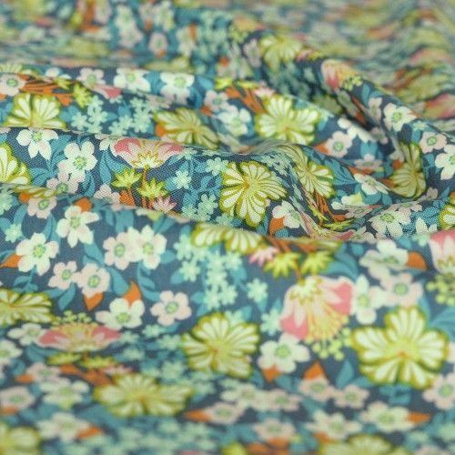 Tkanina bawełniana kwiaty Flower Bed Blue Blend Fabrics