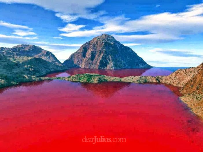 Blood Lake, Texas (result of Chromatiaceae bacteria!)