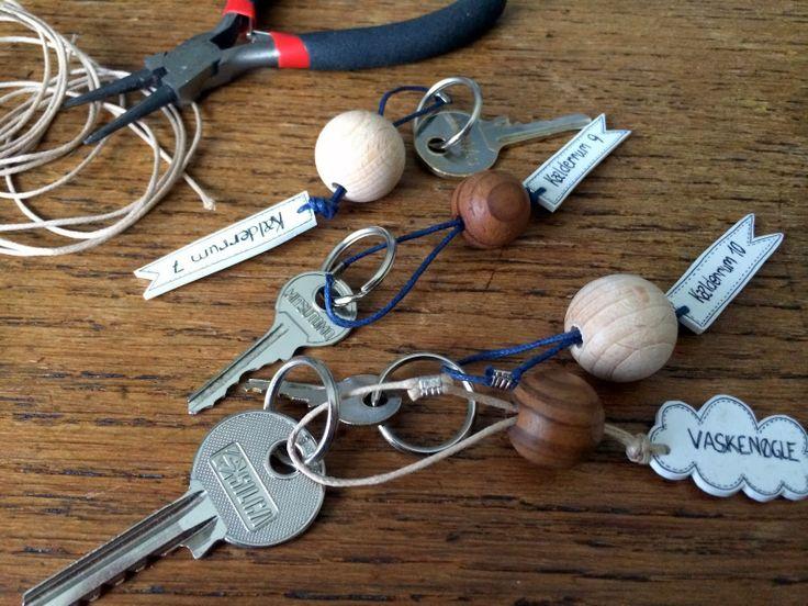 DIY: Krympeplast nøgleringe