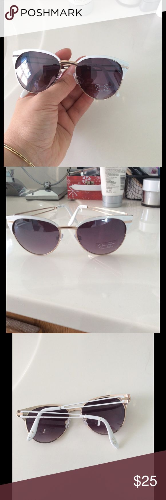 New Jessica Simpson  white sunglasses 😎 Bundle up and save Jessica Simpson Accessories Sunglasses