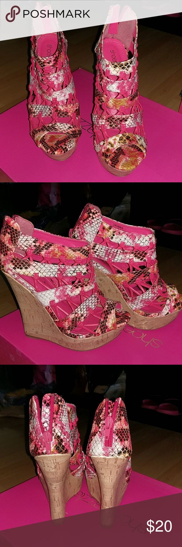 Pink wedges Pink snake patterned wedges Shoe Dazzle Shoes Wedges