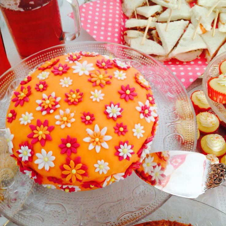 Verjaardag bloemetjes taart!