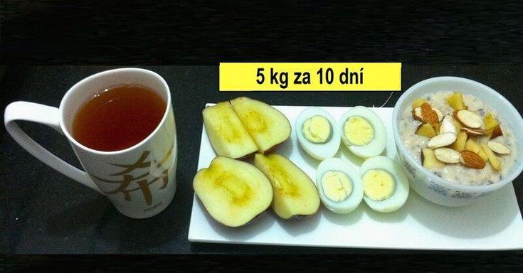 Plán diety bude stejný každý den. Může se to sice zdát trochu monotónní, ale pár dnů by to člověk měl v pohodě zvládnout. Pokud by však přece jen vám nevyhovoval, můžete jednotlivé potraviny vyměnit v rámci dne tak, abyste dodrželi jejich celkové množství a druhy. Snídaně: 3 vařená vajíčka, 1 sklenice zeleného čaje Oběd: 3 …