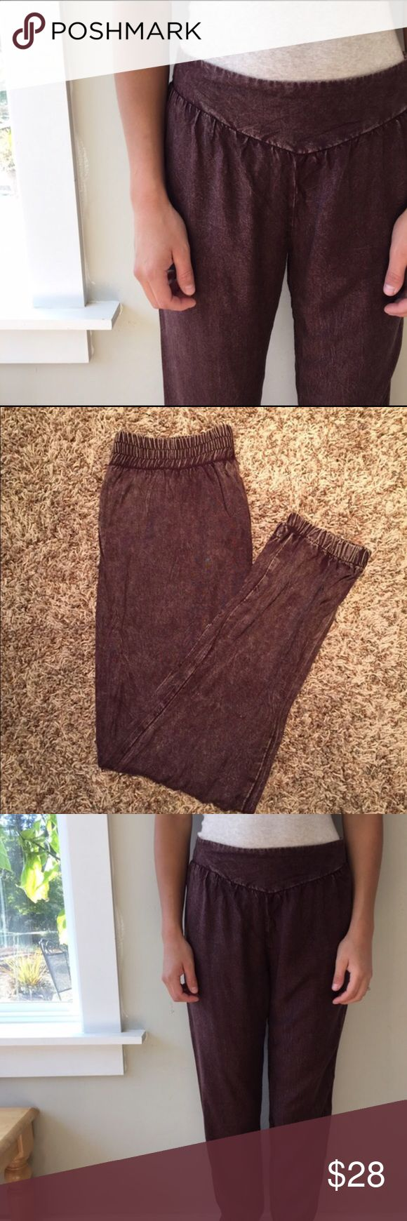 ANTHROPOLOGIE PANTS Oh so comfortable! Soft cotton feel brown joggers with a distressed look. Pull on, gathers at ankle. This pants have never been worn but without tag. Starring at Stars by Anthropologie. Anthropologie Pants