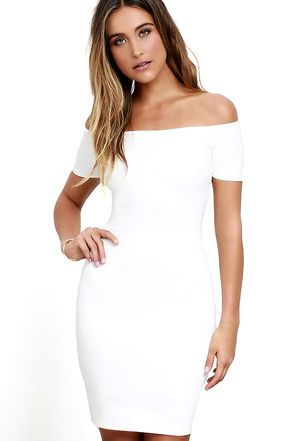 You're sure to get more than a handful of numbers over the course of a night spent in the Me Oh My Ivory Off-the-Shoulder Bodycon Dress! Darted knit bodice and fitted skirt meet short, off-the-shoulder sleeves with no-slip strips.