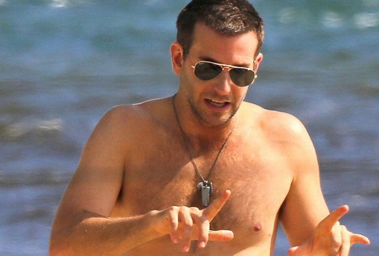 ray ban hawaii  Oscar-nominated actor Bradley Cooper wearing Ray-Ban Folding ...