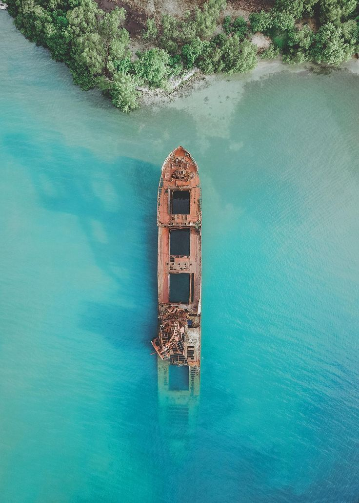 Shipwreck in the Caribbean Sea off of Honduras Shipwreck