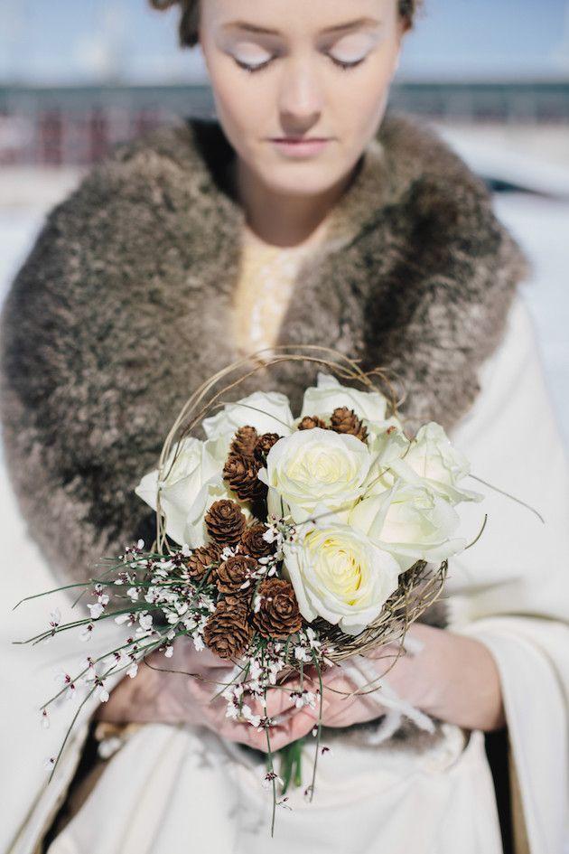 Snow Wedding Inspiration | Paola Colleoni Photography | Barbara Pederzini, Fatamadrina | Bridal Musings Wedding Blog 11