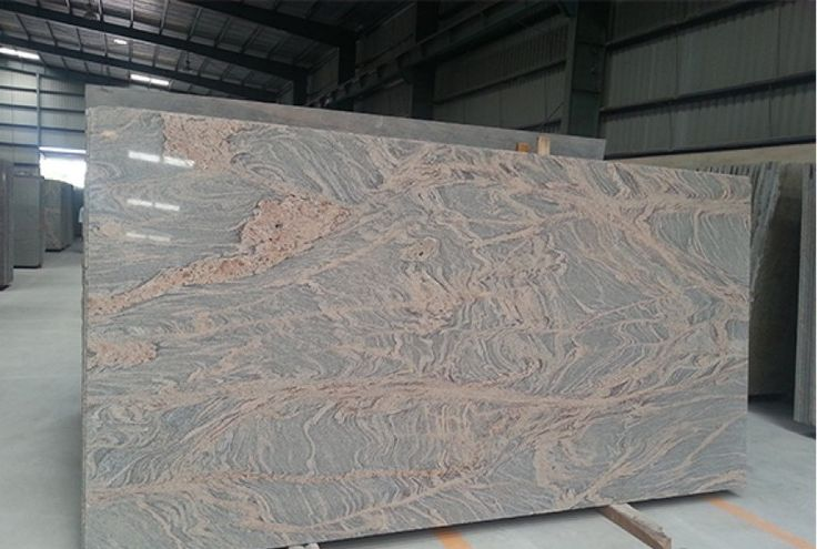 The Colombo Juprana #granite looks amazing with all of the different shapes and size.http://goo.gl/rS76hR
