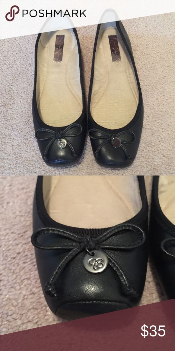 Jessica Simpson flats Black flats by Jessica Simpson Jessica Simpson Shoes Flats & Loafers