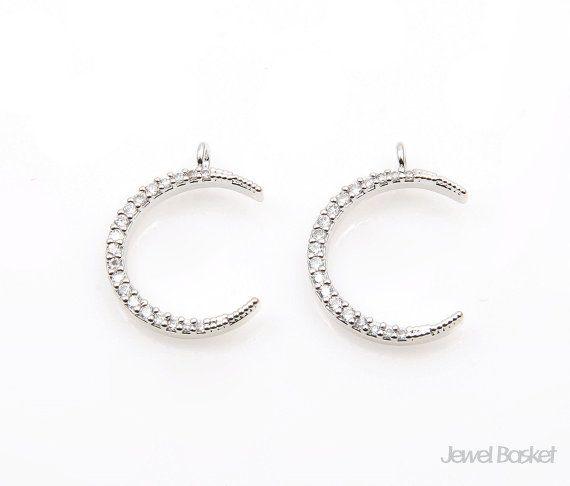 #cubicpendant #silvercubic #silver #mooncubic #cubicnecklace #silvercubicpendant #moomnecklace #moonearring