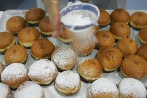 German Yeasted Doughnut Holes That Melt in the Mouth: Donuts