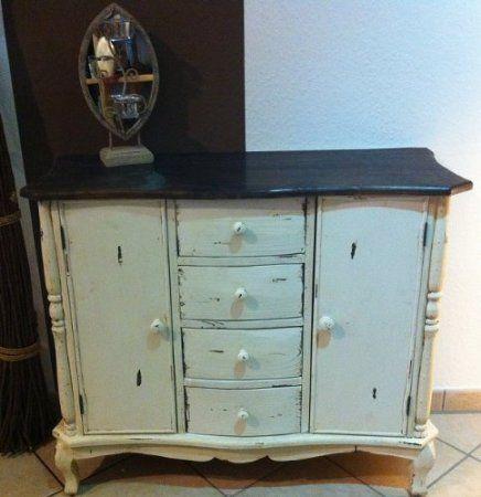anrichte sideboard kommode vintage landhaus vier schubladen und zwei t ren shabby creme auf. Black Bedroom Furniture Sets. Home Design Ideas