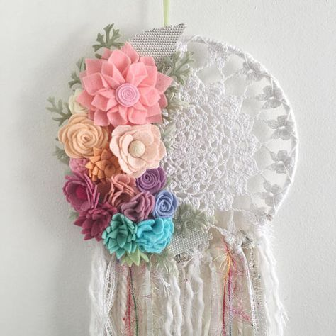 Felt flower dreamcatcher crochet dreamcatcher doily