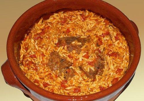 Μοσχάρι γκιουβέτσι με κριθαράκι στο φούρνο