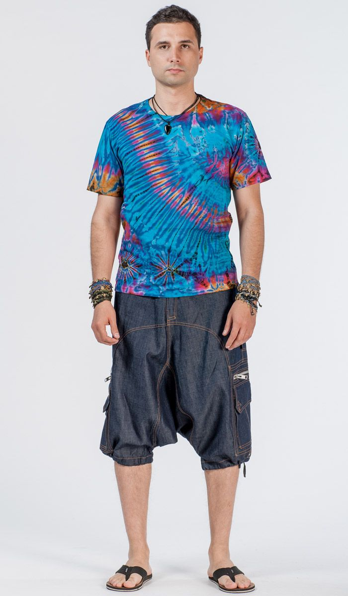 http://indiastyle.ru/products/dzhinsovye-bridzhi-makkena Мужские джинсовые шорты от французского бренда Indian Project, с монтней и множеством карманов. men's shorts with pockets 4480 рублей
