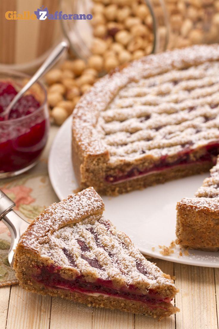 La Linzer Torte è una gustosa crostata originaria della città austriaca di Linz; pare sia una delle torte più antiche del mondo! Qui la #ricetta: http://ricette.giallozafferano.it/Linzer-Torte.html #GialloZafferano #ricettedalmondo #Austria