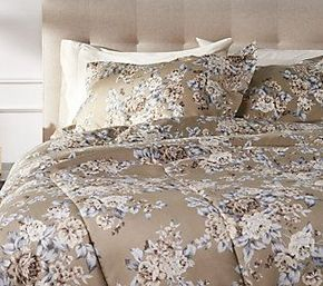 Delaney All Over Floral Queen 3- Piece Comforter Set with Shams