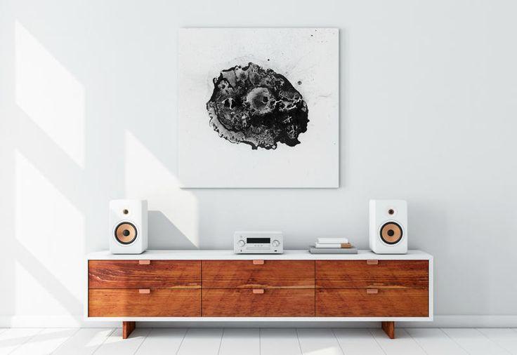 Da oggi, qualsiasi sia il vostro brano del cuore, grazie a Vibrato potrà prendere forma in un pezzo d'arte unico per decorare gli interior con un gusto minimalista
