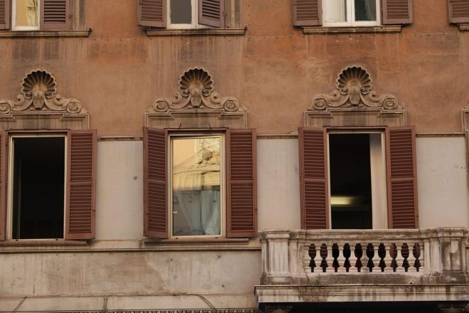 """One of the things I learned in Italy is to look up. You never know what wonderful sight you might come across. I """"stole"""" the moment in the picture abo..."""