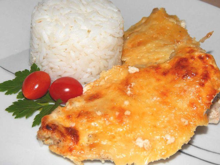 Tejfölös, sajtos csirkemell recept