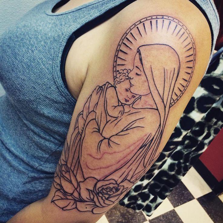 35 Spiritual Virgin Mary Tattoo Designs & Meanings