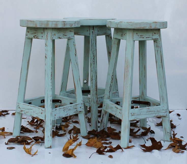 Rustic Reclaimed Barn Wood Bar Stool (Finished) w/Round Top - 24, 25, 26, 27, 28 Tall Stool Dimensions: 24, 25, 26, 27 or 28 Height Base - 13 x 13 Seat - 11-1/2 x 11-1/2 Finish shown: Blue Mist We use a doweled construction for both increased rigidity and strength of the barstool. FOR