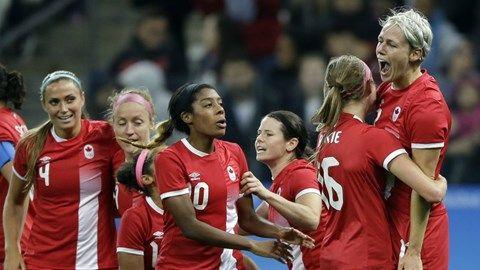 Sophie Schmidt puts Canada ahead against France in women's soccer quarterfinal