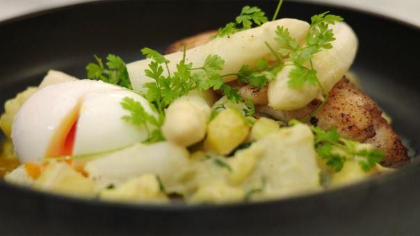 gebakken wijting met aspergestoemp