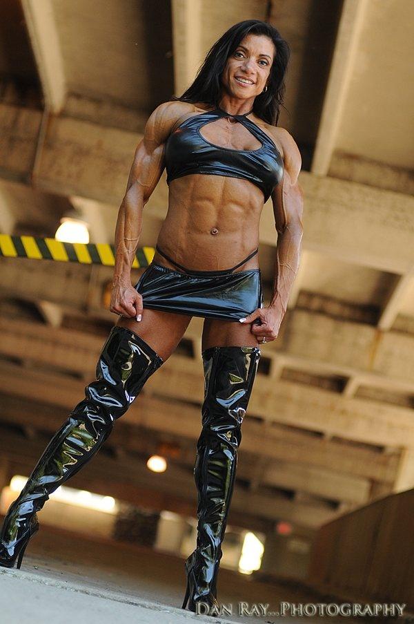 Bodybuilding female nude photos 82