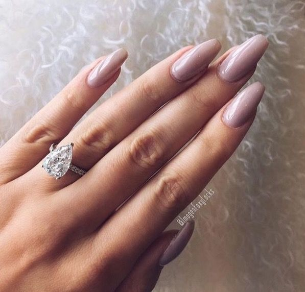Pinterest: thequeensamm ‼️ http://hubz.info/105/nice-nails-hena-tattoo-and-silver-jewelry