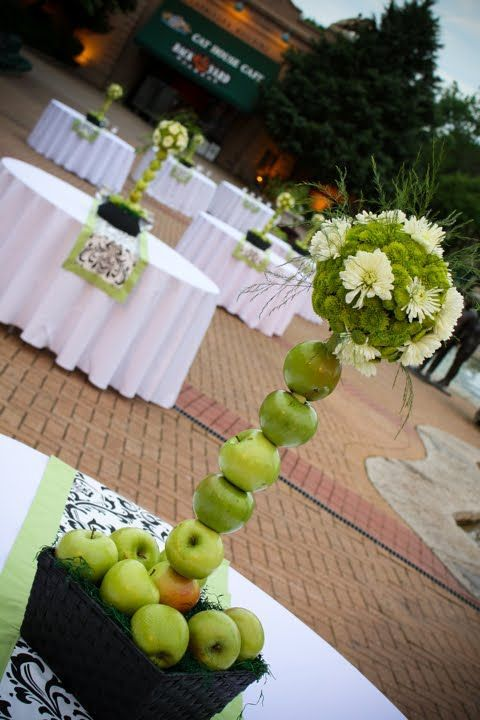 Green and black damask #wedding #table ♥ For an easy-to-follow #Wedding #Reception #Guide ... https://itunes.apple.com/us/app/the-gold-wedding-planner/id498112599?ls=1=8 ♥ For more wedding inspiration ... http://pinterest.com/groomsandbrides/boards/ & magical wedding ideas.