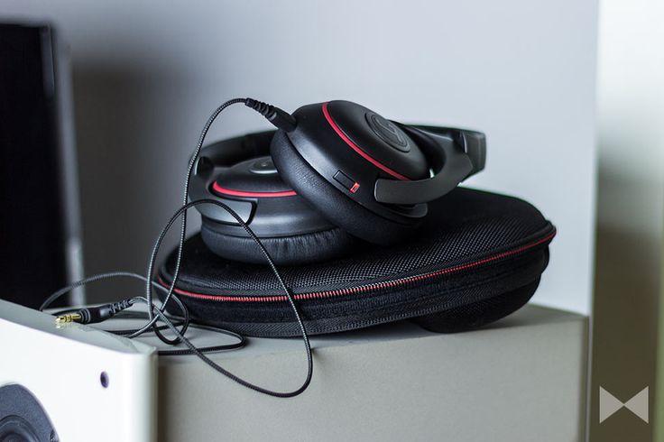Der Teufel Mute ist der erste Noise-Cancelling-Kopfhörer aus dem Hause des Berliner-Lautsprecherentwicklers. Wir haben ihn im Vergleich mit Bose gehört. http://www.modernhifi.de/teufel-mute-test/