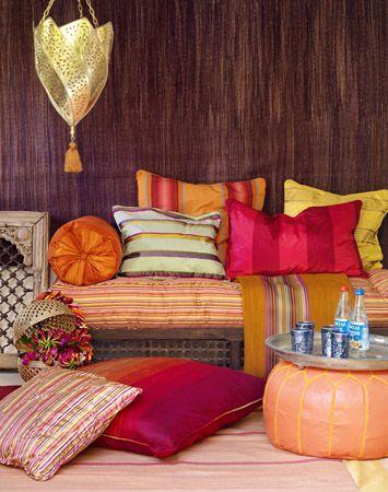 Warm colours - a really relaxed environment...: Decor Ideas, Living Rooms, Moroccan Interiors, Color, Moroccan Bedrooms, Moroccan Style, Cushions, Moroccan Decor, Pillows