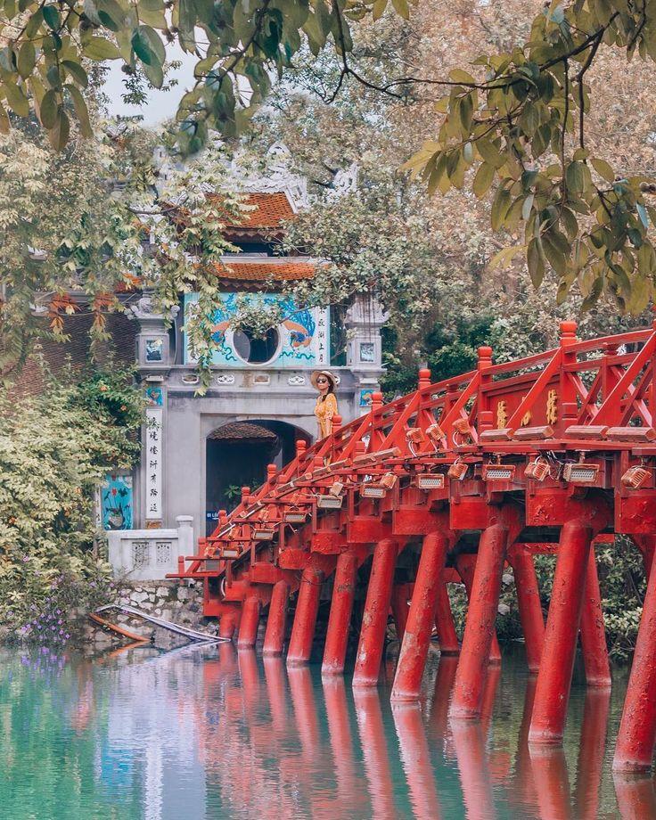 Hoan Kiem Lake | Hanoi, Vietnam | This bridge on H…
