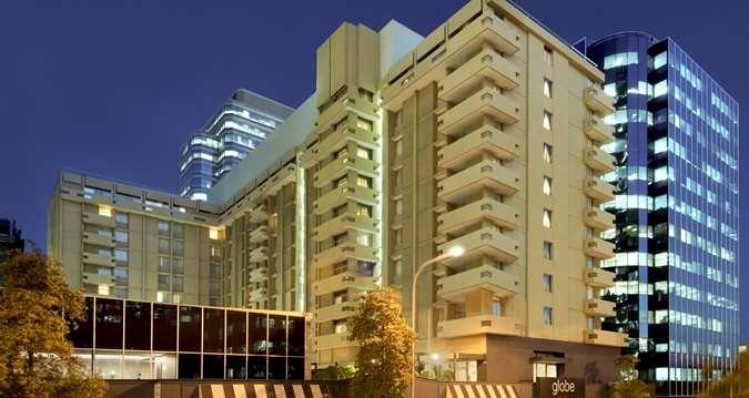 The exterior of Parmelia Hilton Perth Hotel