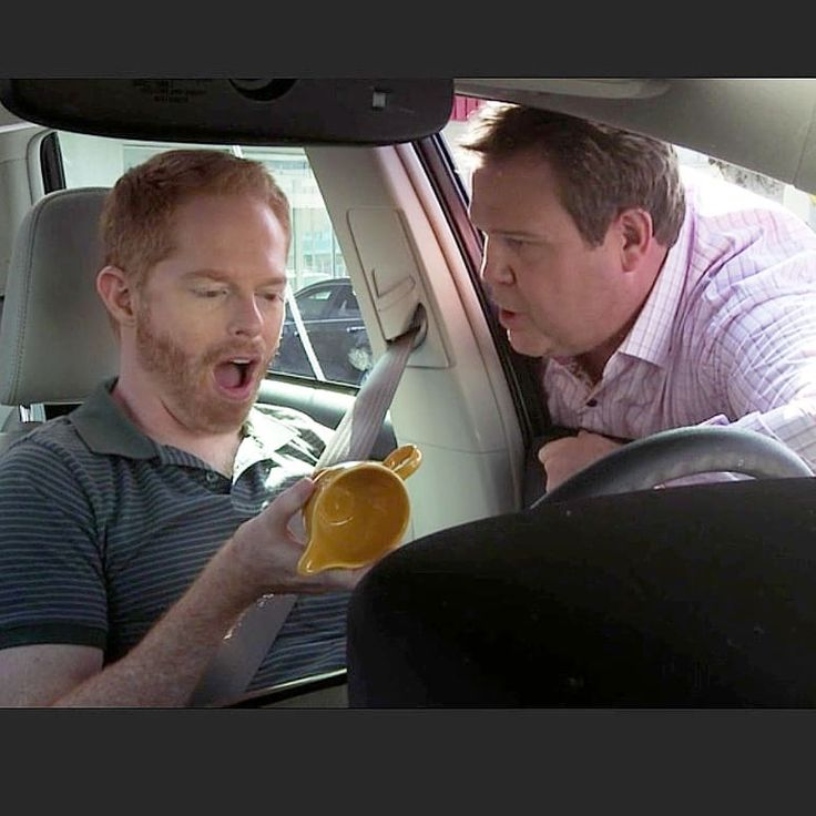 """""""Fiesta is seen everywhere and is highly collectable, even on Modern Family. Finding a Fiesta second hand creamer Cam said, """"They didn't even know what they had!"""" To which Mitchell responds, """"SCORE!""""americana.se#fiesta#fiestaware#fiestadinnerware#modernfamily#camandmitch#camandmitchell#madeinusa#madeinamerica@fiestadinnerware"""" 