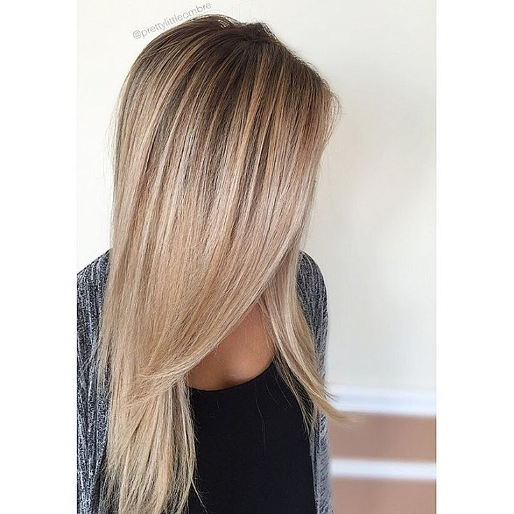 Would you ever guess she's a natural level 2? Ahh, the beauty of hair painting and root boosting! ✌️#prettylittleombre