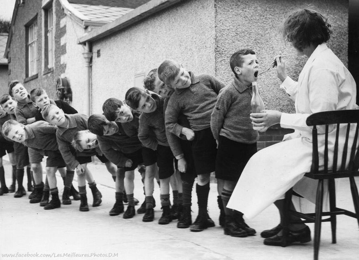 Children queuing pinned with Pinvolve