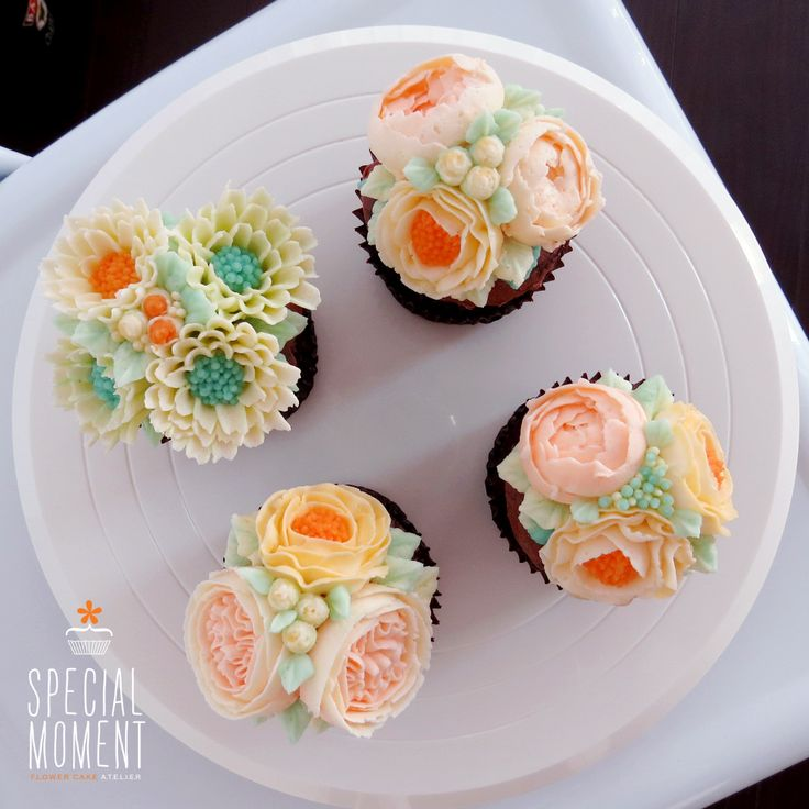 214 best images about cupcakes flores on pinterest cupcake bouquets chocolate flowers and - Creme decoration cupcake ...