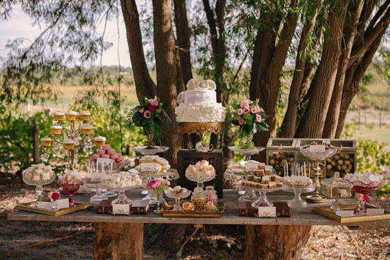 Rustic Wedding Cake Cutting Bar