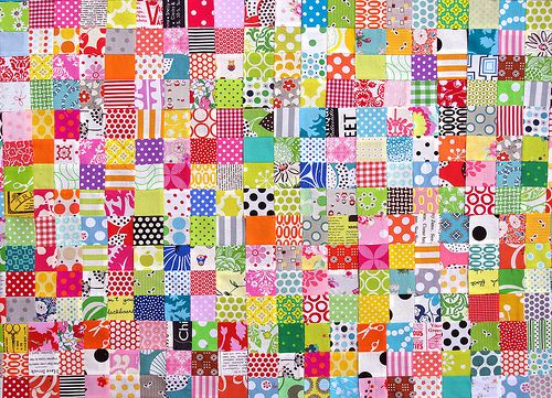 Great mix of fabrics.: Scrap Quilts, Redpepperquilts Postage, Red Peppers Quilts, Blocks Tutorials, Colorful Quilts, Www Redpepperquilts Com, Watercolor Quilts, Colors Quilts, Stamps Quilts Scrapbuster