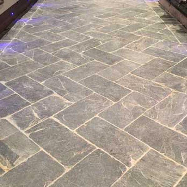 Our hardwearing slate herringbone tiles can be used inside and outside to create a traditional, popular herringbone pattern.
