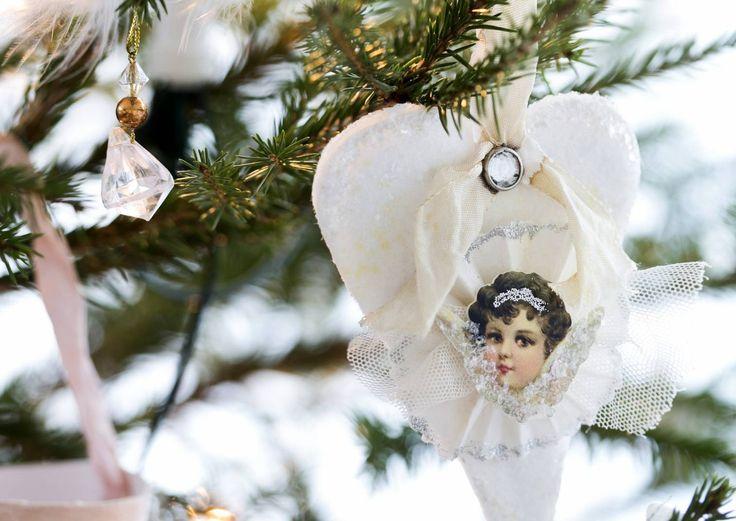 Vintage-joulukoristeet kuuseen | Meillä kotona